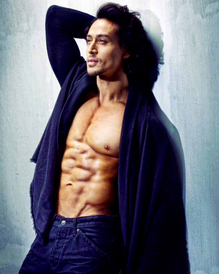 Tiger Shroff Age,Height,Weigh,Net Worth,Salary,House,nickname,Cars,Biography,Wife,Husband,Family
